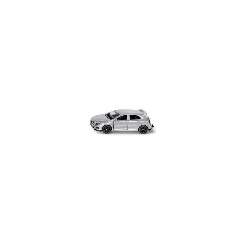 Mercedes AMG GLA 45 au 1/64ème